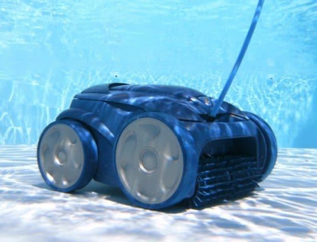 robot piscine tout ce qu 39 il faut savoir pour un nettoyage parfait. Black Bedroom Furniture Sets. Home Design Ideas