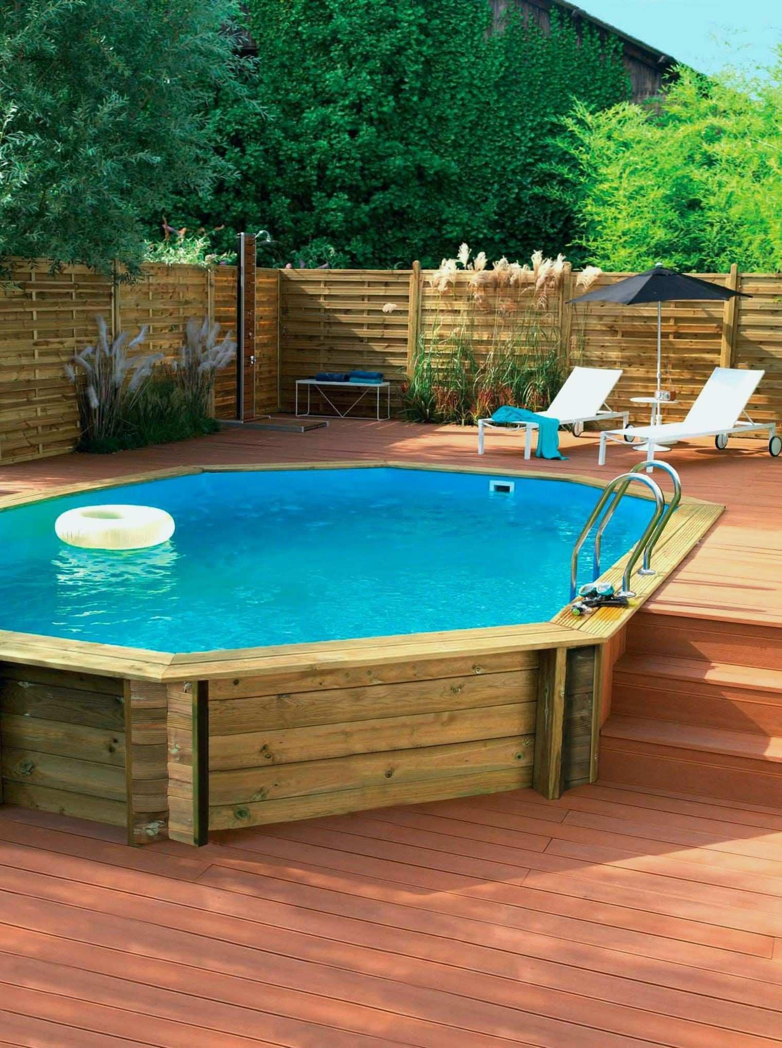 Piscine En Bois Petite Taille piscine béton aspect bois : avis et conseils pour bien la