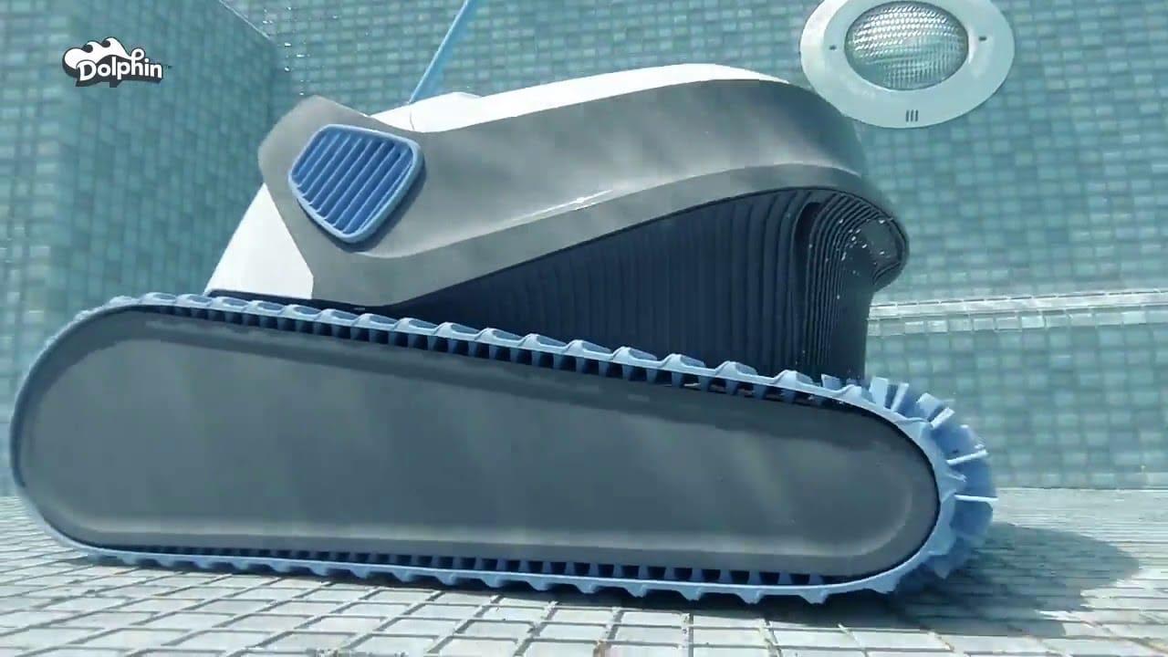 robot aspirateur piscine dolphin