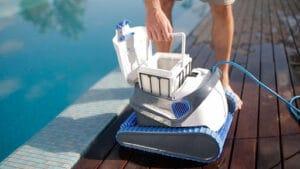 Les avantages de l'utilisation de meilleur nettoyeur piscine