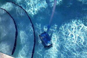 Les différents types de nettoyeur piscine